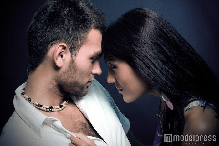 「気づいたら好きになっていた」男性を虜にする女子の特徴5つ
