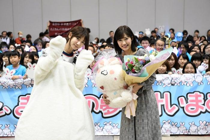 """AKB48渡辺麻友、最後の握手会終了""""むちち""""に入っていたのは柏木由紀<コメント>"""