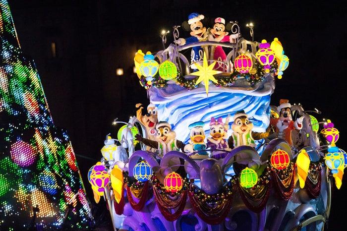 ディズニーランド&シー、今年のクリスマスイベントは?新企画・演出も多数登場